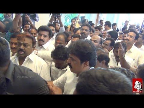 Vijayakanth Comedies in BJP Allaiance Meeting