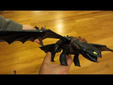 How To Train Your Dragon Giant Fire Breathing Night Fury Toy
