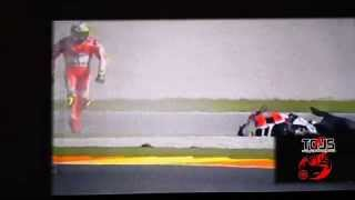 Iannone Crash in Motogp Valencia 2015 SLOW MOTION