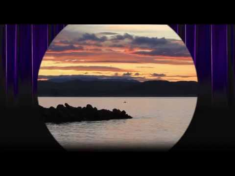 The Globe Preshow: Window to Napier