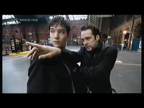Derren Brown - How To Be A Pickpocket 1