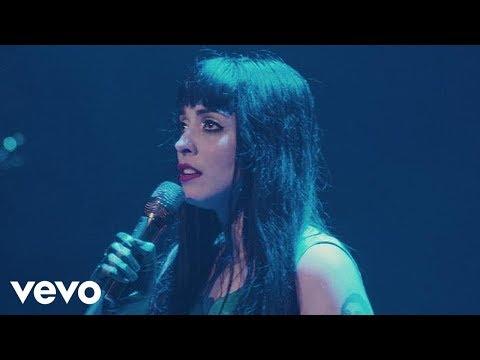 Download Mon Laferte - Mi Buen Amor En Vivo Mp4 baru