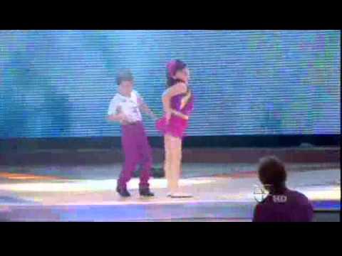 JESUS y KARLA bailando exito de Ricky Martin
