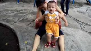 Best Ken Baby - Nguyễn Đức Chánh (P13) - Chơi cầu tuột (11/07/2010)