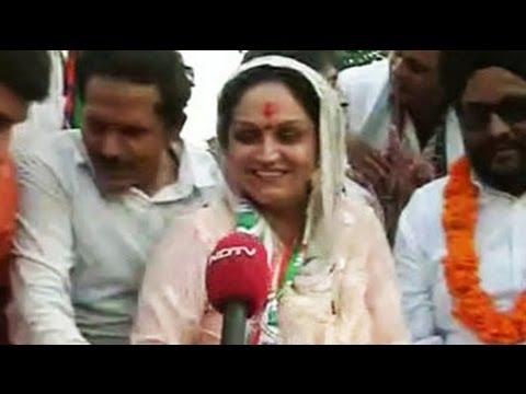 दिल्ली का दंगल : नेता जी नहीं आते
