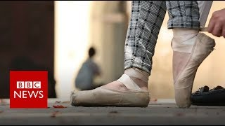 How I became a hijabi ballet dancer - BBC News