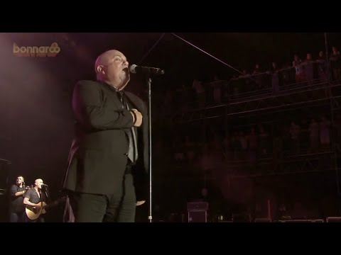 Billy Joel: Uptown Girl [Live at Bonnaroo '15]