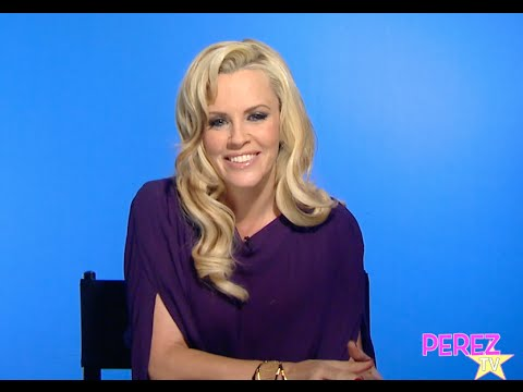 EXCLUSIVE! Jenny McCarthy Dishes On Her Wedding, Weight Loss, & Why NKOTB Wasn't Played! en streaming
