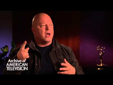 Michael Chiklis discusses being on an episode of Murphy Brown - EMMYTVLEGENDS.ORG