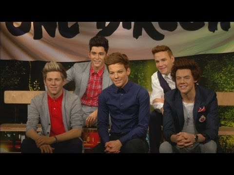 One Direction unveiled in their wax models at Madame Tussauds Tokyo