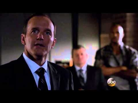 Agents of SHIELD 2x01 Coulson's speech/Simmons is not there