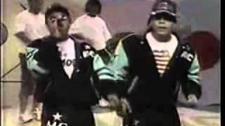 MCs Junior & Leonardo - Rap Das Armas ( Versão Original ) legendado.