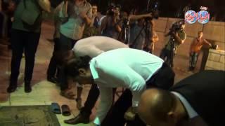 مدحت صالح في جامع عمرو بن العاص للصلاة علي الفنان خالد صالح