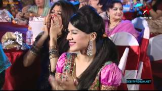 akshara  dance in a devi avatar in Star parivaar awards 2012[HD]