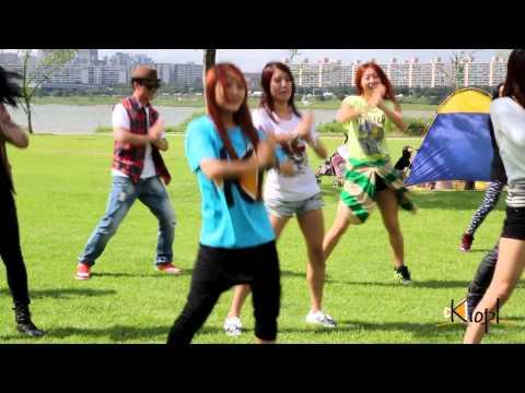 [kiopl] 2nd Dance Flashmob Event - Waka Waka video
