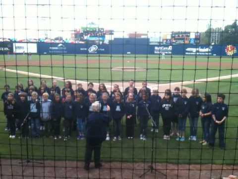 Lowell School sings at  Rainiers game