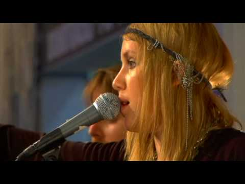 Lykke Li - I'm Good I'm Gone (Live at Amoeba)