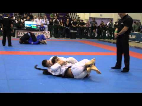 Gianni Grippo Vs Augusto Moizinho Black Belt Adult Male Feather Semi-final , Ny Bjj Pro video