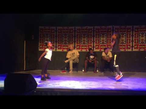 Afro Dance Battle    Angel VS Laura    Petit Afro's Students  