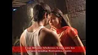 Finally Arnav and Khushi reunites