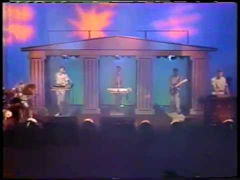 Devo - Jerkin Back And Forth