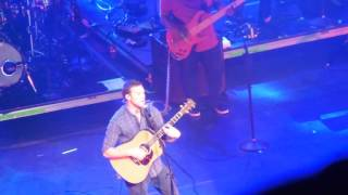 Watch Phillip Phillips Hold On video