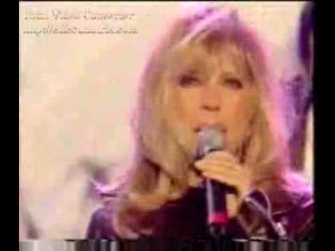 "Super blonde, Nancy Sinatra on her great hit ""These Boots are made for"