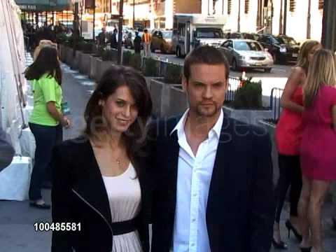 Lyndsy Fonseca couple