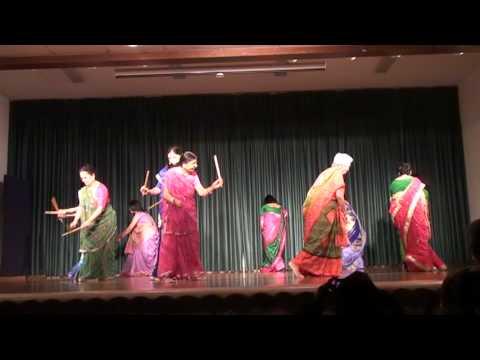 Mehndi Te vavi Malwe Famous Gujarati Garbo- on stage easy to...