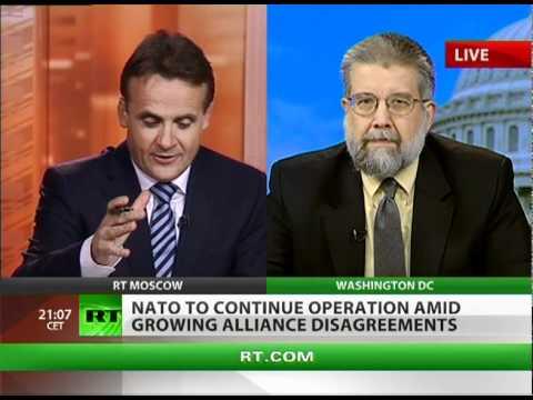 Ex-CIA officer: Obama fools himself, Muslims see US bombing Libya
