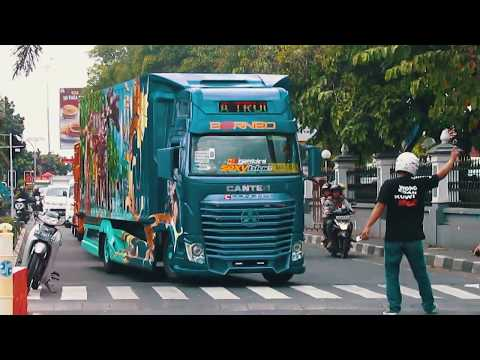 Konvoi Truck Modifikasi