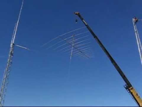 Hy_Gain 14 Element Ham Radio Log Periodic Antenna Raised onto 70ft tower