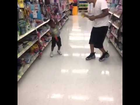 Little kid gets sprayed with silly string and goes crazy