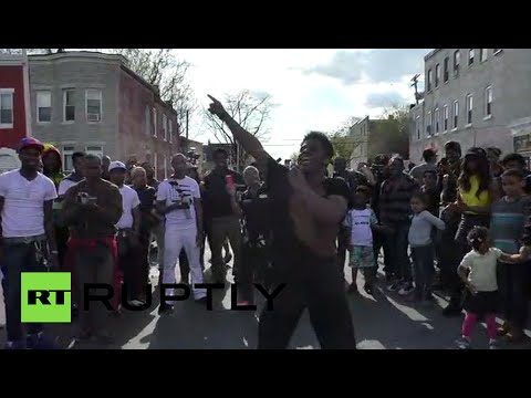'Michael Jackson' dancing protester rocks Baltimore rally
