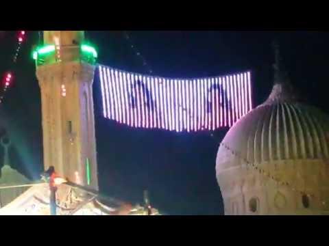 صافيناز 'ترقص' بين مئذنة وقبة مسجد في القاهرة thumbnail