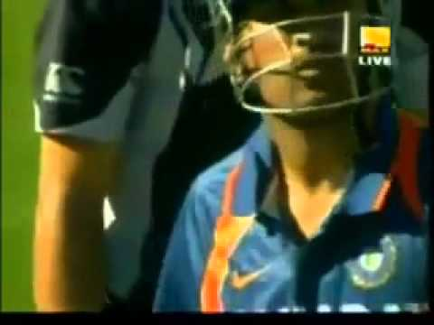 Ms Dhoni Not Even Look The Ball After Hitting, Dhoni's Powerful Shot Helicopter Shot video