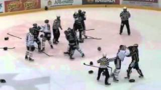 Record-Breaking Hockey Brawl: Pelicans vs HIFK