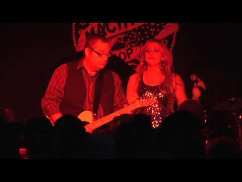 Mark Sutton w/Justine Blazer in concert