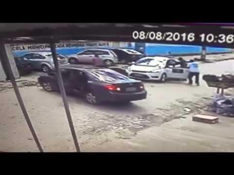 Bandidos armados abordam segurança e roubam veículo em Santo Antônio de Jesus