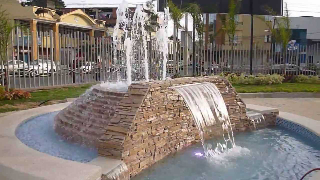 Fuente pileta cascada del hospital verni cevallos for Piletas con cascadas