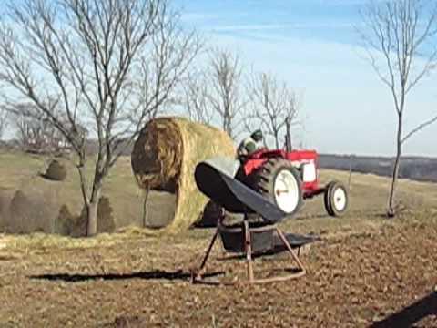 Hydraulic Round Bale Unroller