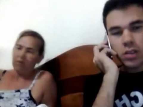 Trollou a mãe fingindo que era gay (OFICIAL)