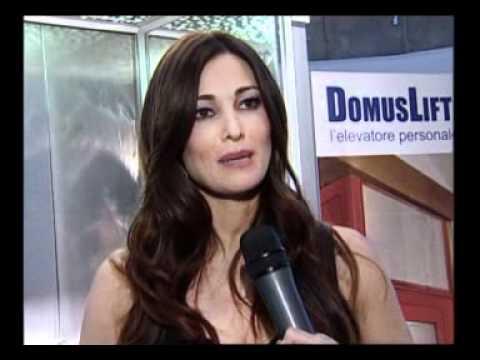 Manuela Arcuri DomusLift   IGV Group