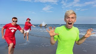 ANIMAL CONTROL AGENTS SEARCH BEACH for POND MONSTER CLUES!! (Mystery Twin Evidence Found)