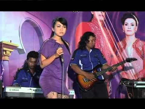 Mustika Musik Live Showilat Tanpo Balung By Indah Mustika video