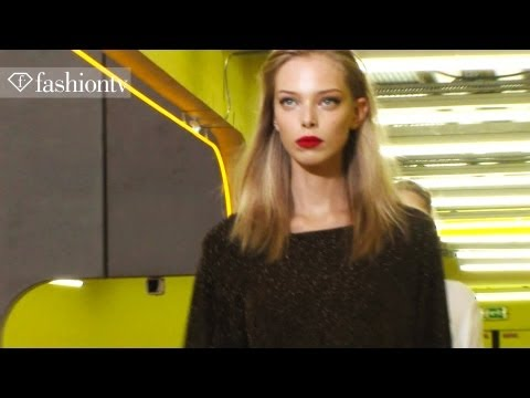 Karlie Dances Down The Escalator at Kenzo Rehearsal - Fall 2012 Paris Fashion Week | FashionTV