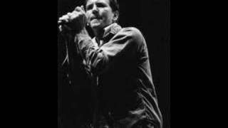 Watch Pearl Jam Other Side video