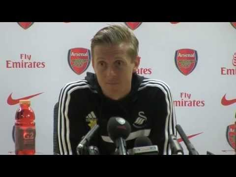 Garry Monk: Referee cost us winning goal against Arsenal