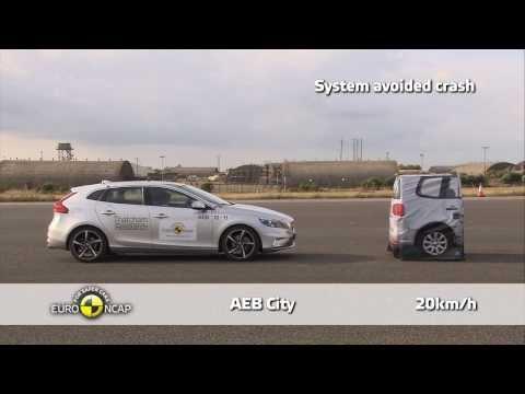 Volvo V40 - Euro NCAP 2013, тест системы автоматического торможения