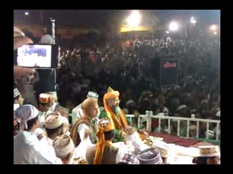 Dulha Bana hai khwaza - Chand Qadri Performing Live at Khambhat...